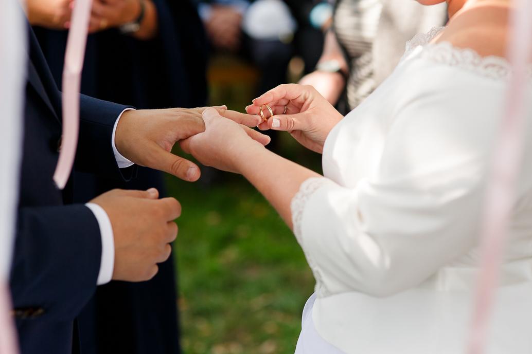 DIY WEDDING | BUITEN TROUWEN | FOTOGRAAF ZWOLLE-109