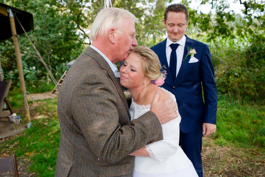 DIY WEDDING | BUITEN TROUWEN | FOTOGRAAF ZWOLLE-111